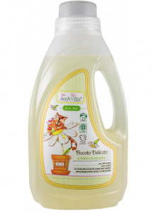 Laundry detergent for baby clothes, 1l / Baby Anthyllis